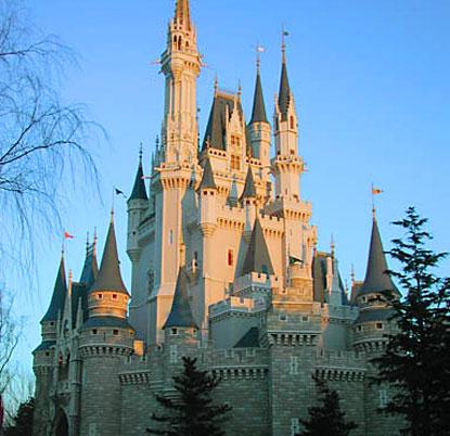 Disneyland à Tokyo  Tokyo-disneyland