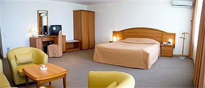 Best Eastern Dis Hotel