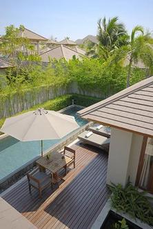 Aka Resort And Spa