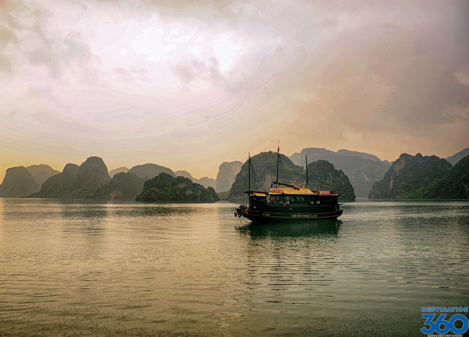 Vietnam Islands Islands In Halong Bay Vietnam Island Tours