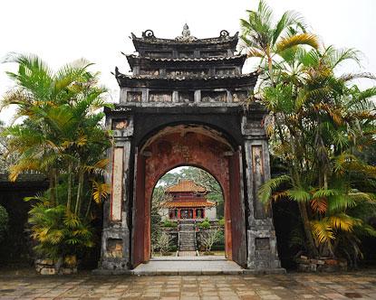 vietnam vacation packages travel deals to vietnam. Black Bedroom Furniture Sets. Home Design Ideas