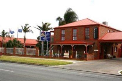 Early Australian Motor Inn