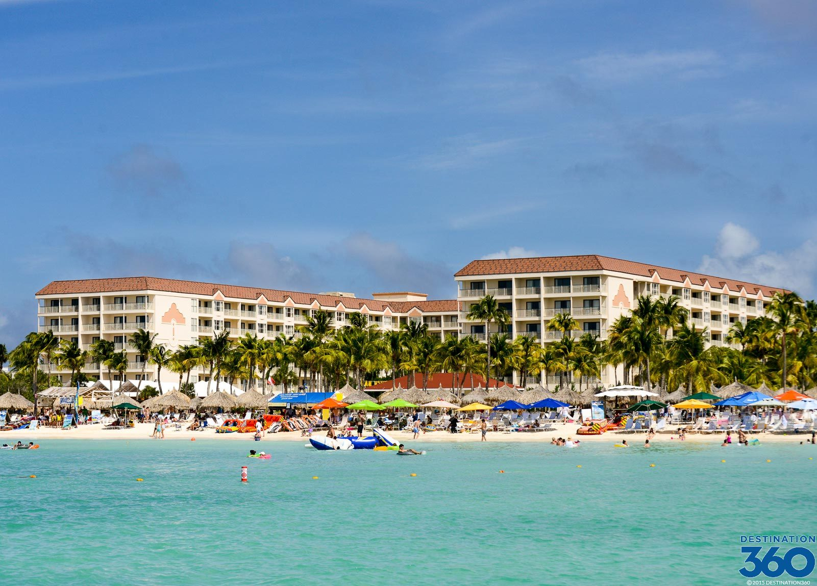 Aruba luxury hotels best hotels in aruba for Best accommodation