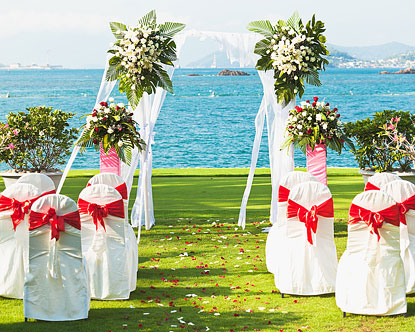 Planning a Bahamas Destination Beach Wedding