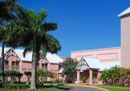 island paradise pics. Comfort Suites Paradise Island