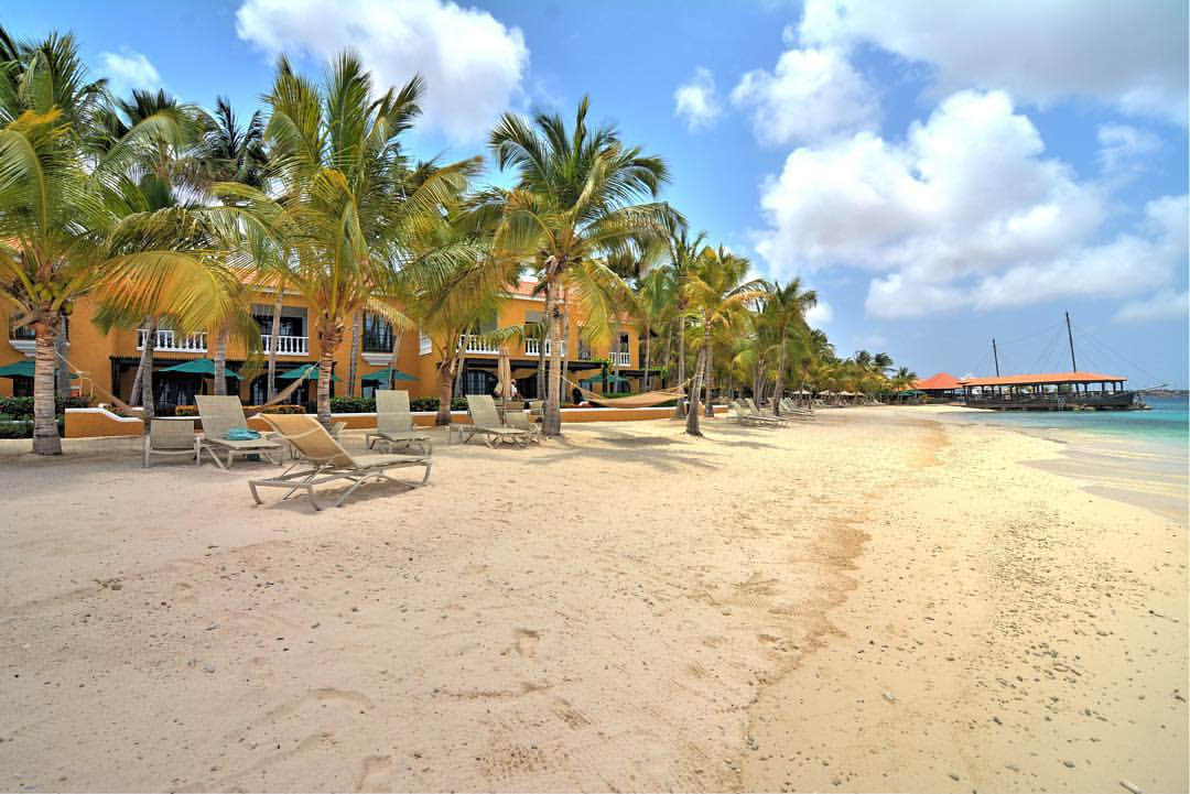 Bonaire hotels bonaire accommodations - Bonaire dive resorts ...