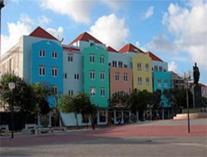 Howard Johnson Curacao Plaza Hotel And Casino