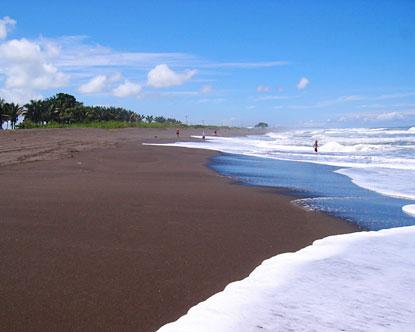 Costa Rica Vacations >> Tortuguero Beach - Tortuguero Costa Rica