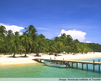 honduras beaches   best beaches in honduras