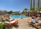 Hooters Hotel Las Vegas Pool