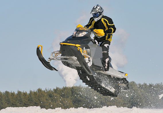 Revelstoke Snowmobile Rentals and Tours