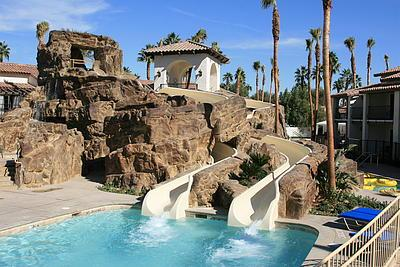 California Resorts with Water Slides