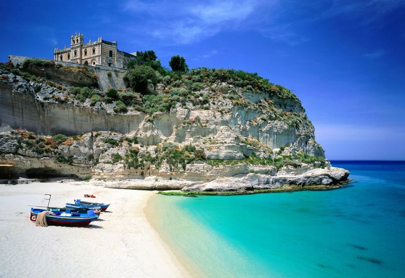 Southern Italy Beach Resorts