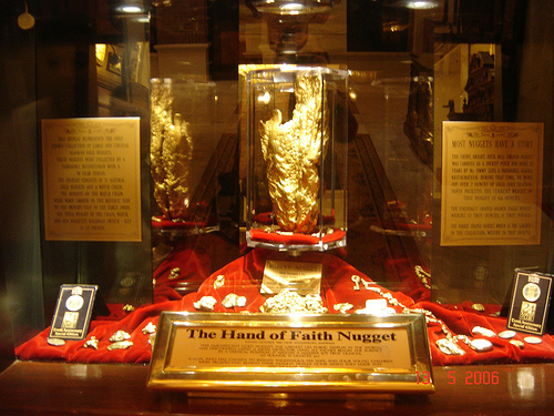 World's Largest Gold Nugget