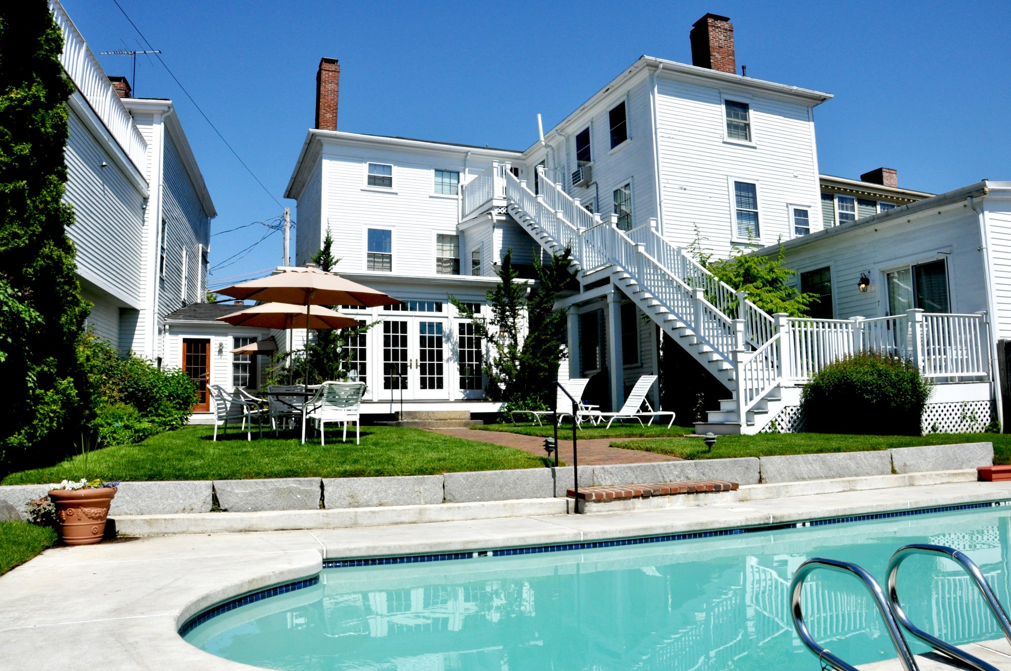 Marblehead Lodging