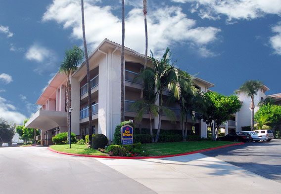 Santa Barbara Hotels Airport