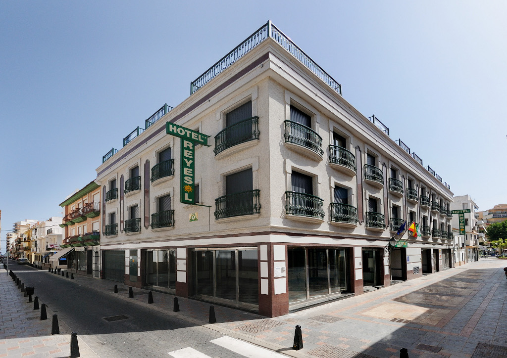 Fuengirola Beach Hotels