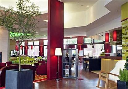 Courtyard By Marriott Paris Defense West Colombes