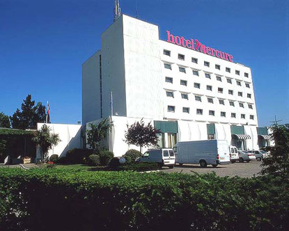 Bordeaux hotels lodging in bordeaux bordeaux for Hotels near bordeaux france