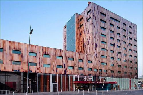 Crowne plaza hotel lille euralille lille deals see for Hotel design lille