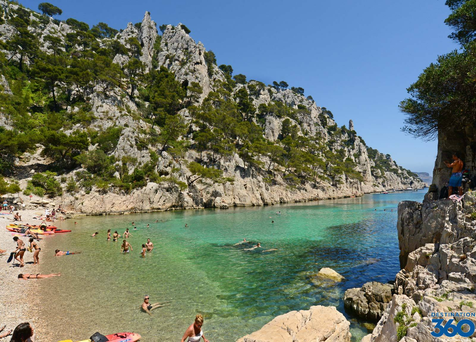 Calanques calanques in marseille and cassis for Cassis france hotels