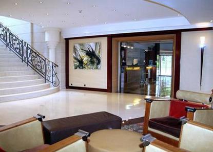 Clarion Hotel Aston
