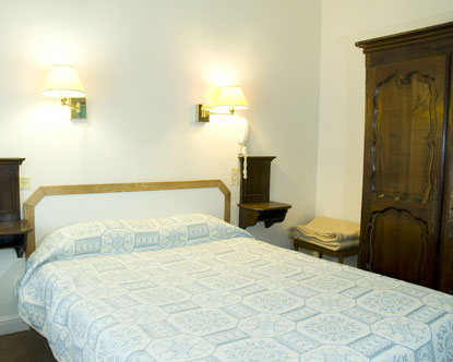 Paris Cheap Hotels - Motel in Paris - Cheap Accommodation ...