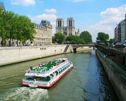 Cruises in Paris