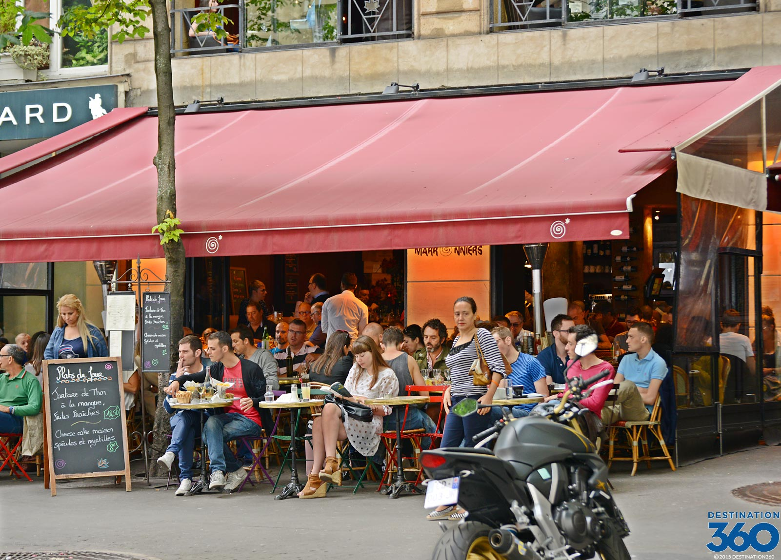Paris france restaurants best neighborhoods to eat in paris for Paris restaurant