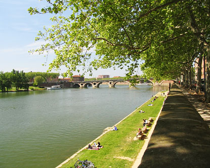 Toulouse Vacations