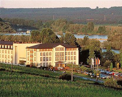 resorts in germany spa resorts in germany spa hotels in germany. Black Bedroom Furniture Sets. Home Design Ideas
