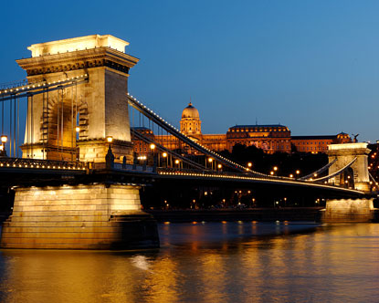 Cruises To Europe >> Chain Bridge Budapest - Szechenyi - Bridge in Budapest Hungary
