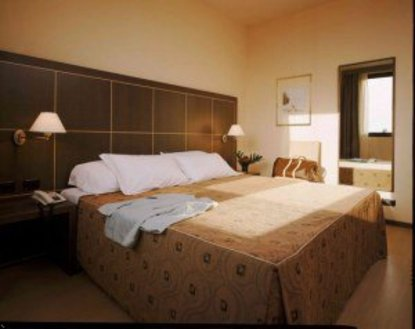 Golden Tulip Aemilia Hotel