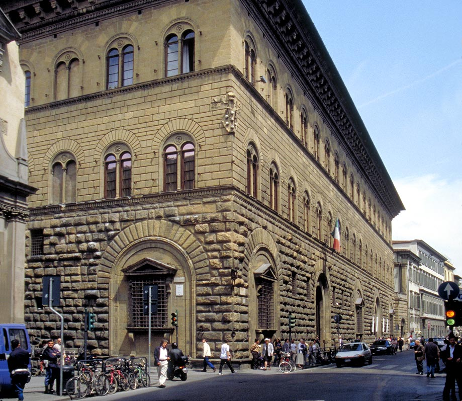 Medici Apartments: Medici In Florence Italy