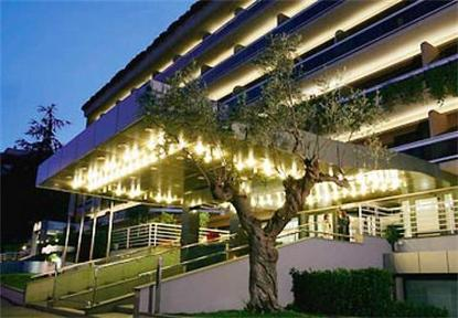 Courtyard By Marriott Rome Central Park Hotel