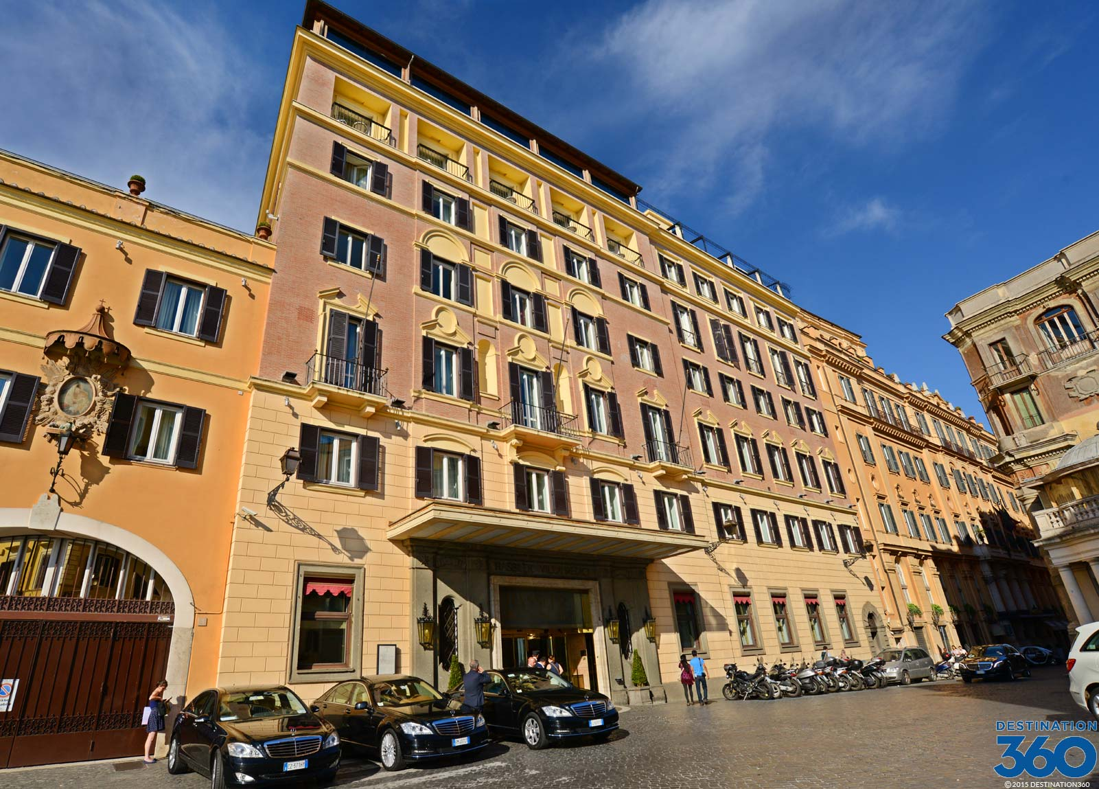 Hotels Near Spanish Steps