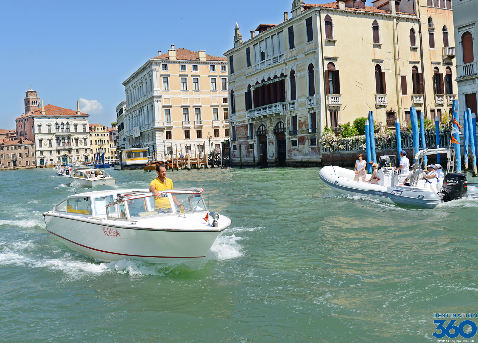 Venice Airport Transfer. Private dør til dør bil service. Venezia Flyplasstransport
