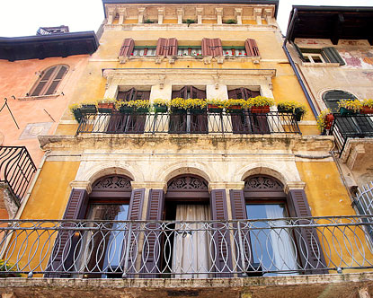 Lovely Verona Italy Apartments