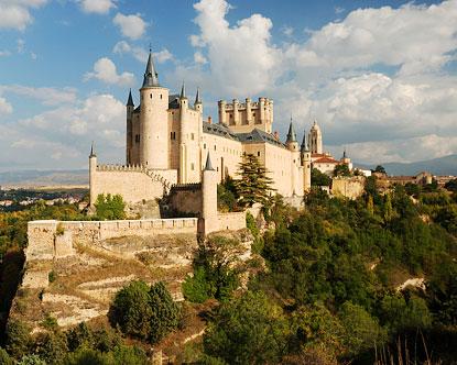 http://www.destination360.com/europe/spain/images/s/segovia-alcazar.jpg