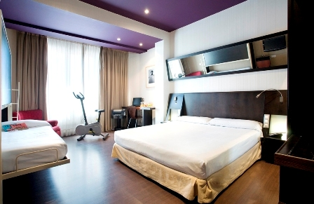 Petit palace puerta del sol hotel madrid deals see for Hotel paris en madrid puerta del sol