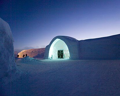 ice hotel sweden ice hotel jukkasjarvi sweden. Black Bedroom Furniture Sets. Home Design Ideas