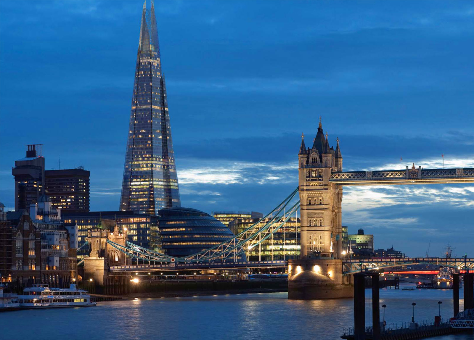 Shangri La London - Luxury Hotel at the Shard in London