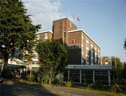 Hotels Near Ealing Common