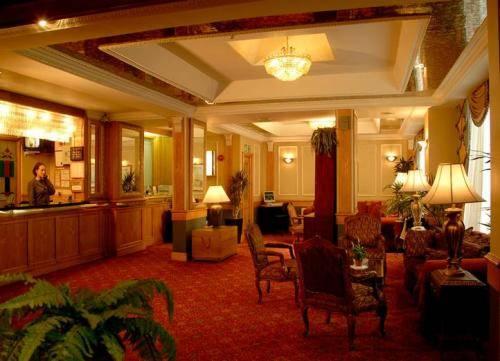 Holiday Villa Hotel  Leinster Gardens London