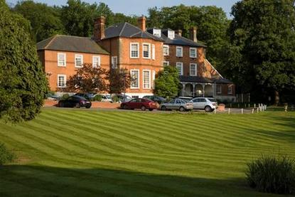 Brandshatch Place Hotel