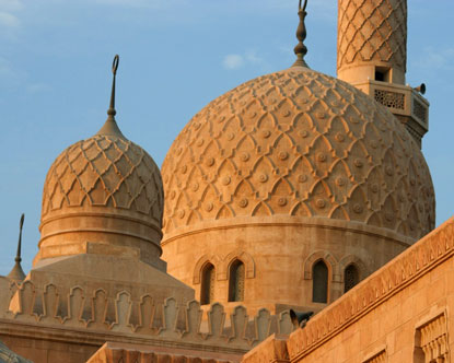 http://www.destination360.com/middle-east/united-arab-emirates/images/s/jumeirah-mosque.jpg