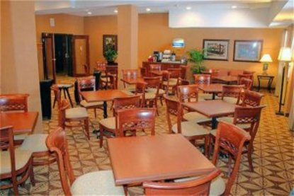 Holiday Inn Express Hotel & Suites Grande Prairie