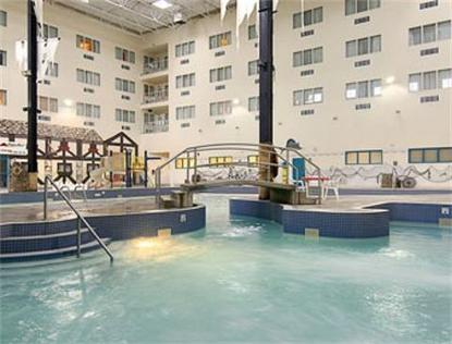 Lethbridge Ramada Hotel And Suites