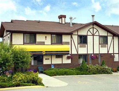 Super 8 Motel   Salmon Arm