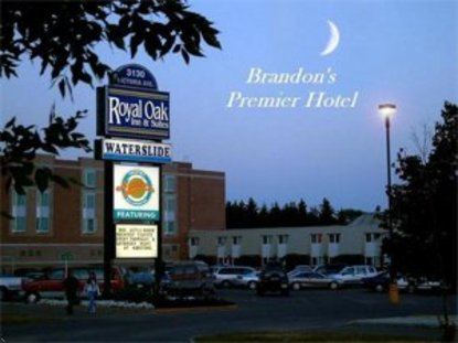 Royal Oaks Inn And Suites